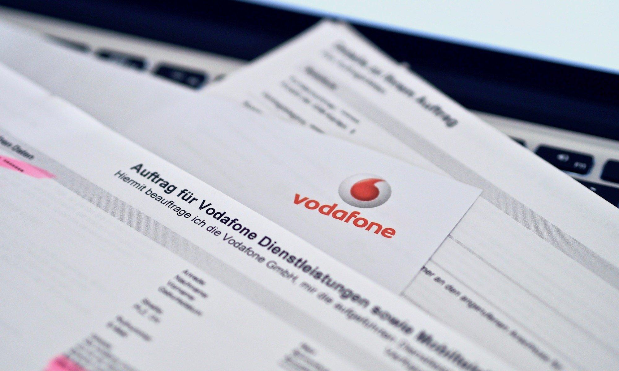 Vertragsunterlagen an der Haustür - Ein Vodafone-Erlebnis | Foto: konsensor.de